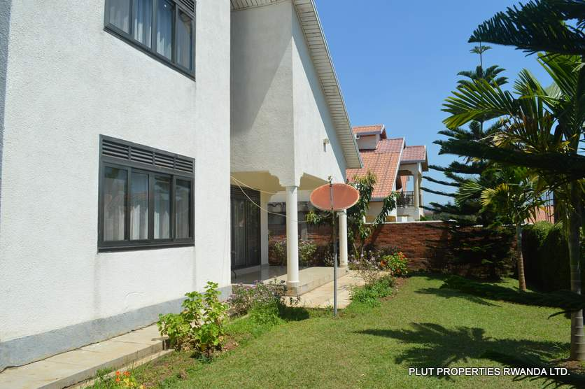 rent kagugu house
