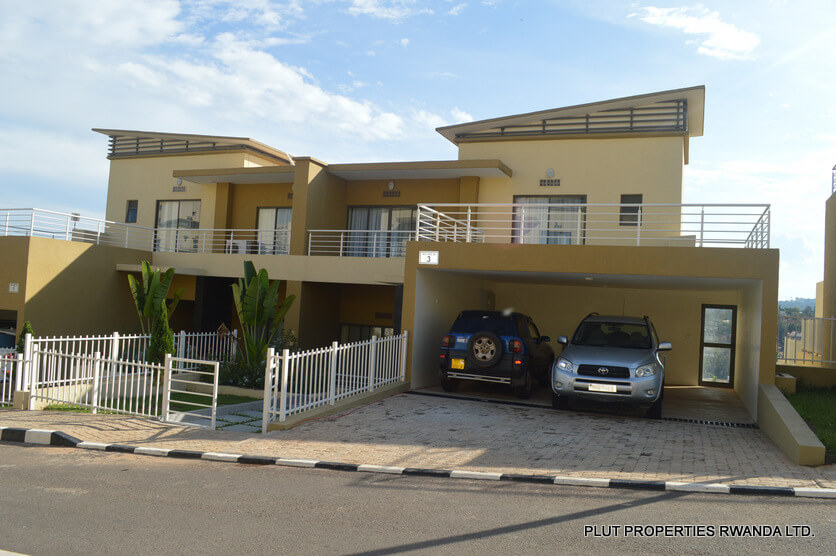 Duplex for rent in vision city