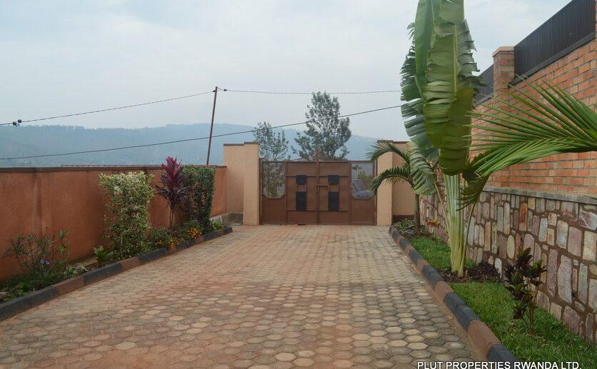kagarama rent plut properties (2)