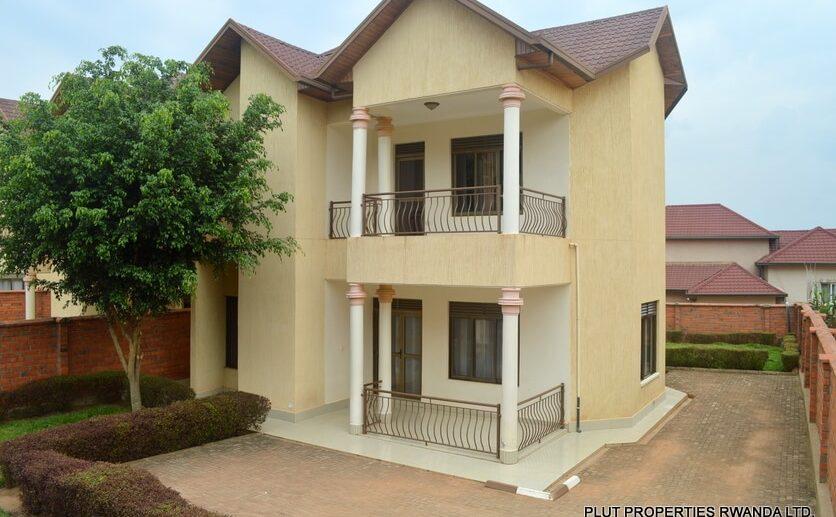 kagugu sale plut properties (1)