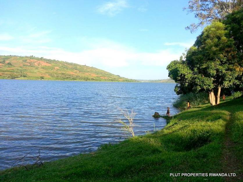 muhazi land plut properties (1)
