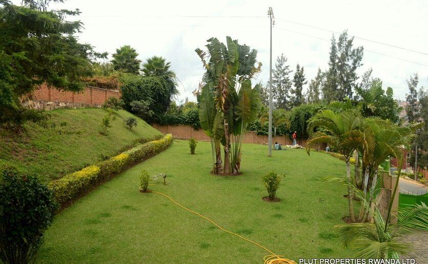 kibagabaga rent plut (5)