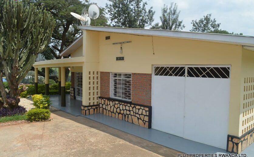 kimihurura rent house (1)