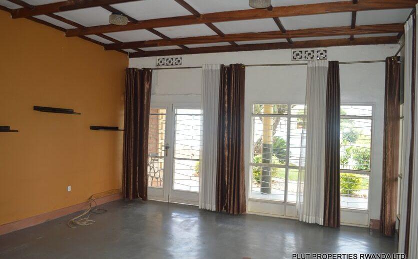 kimihurura rent house (10)