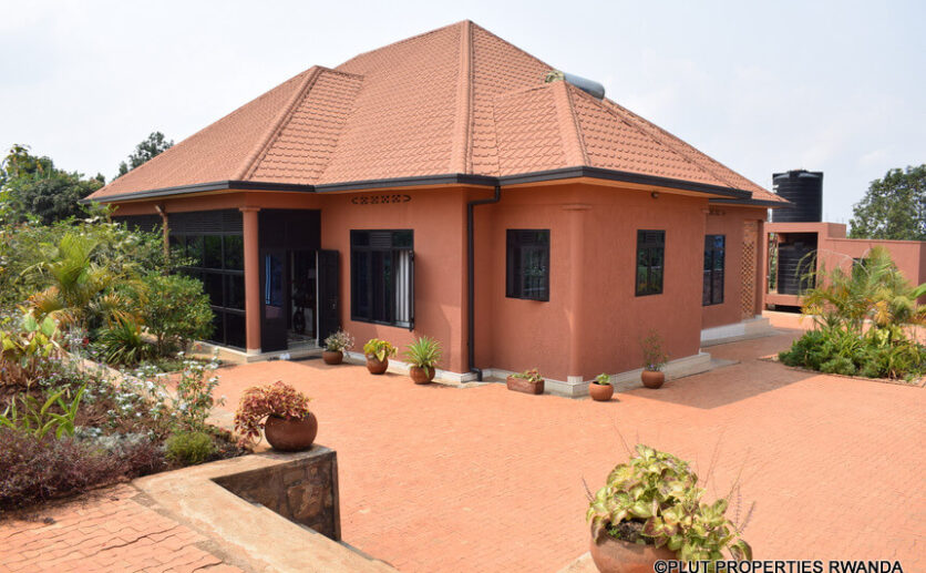 masaka house sale (8)