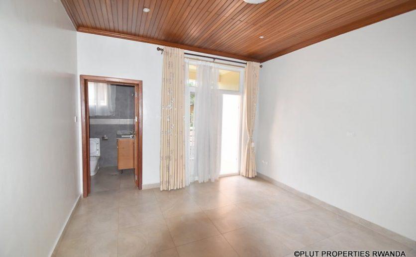 kagugu rental house plut properties (11)