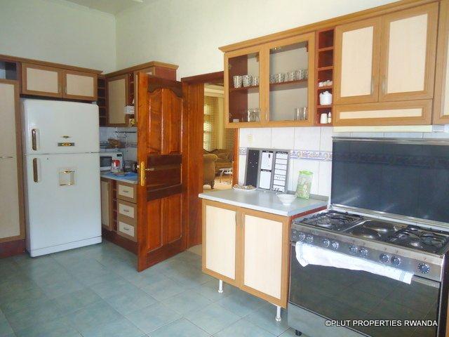 kimihurura rent house plut properties pool (3)