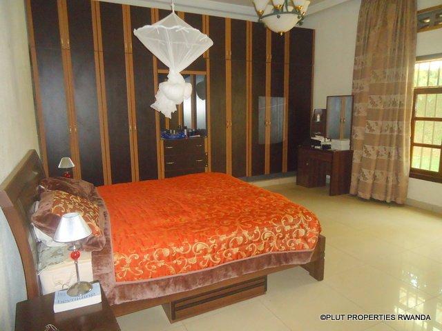 kimihurura rent house plut properties pool (7)