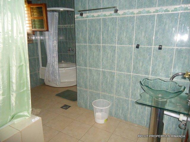kimihurura rent house plut properties pool (8)
